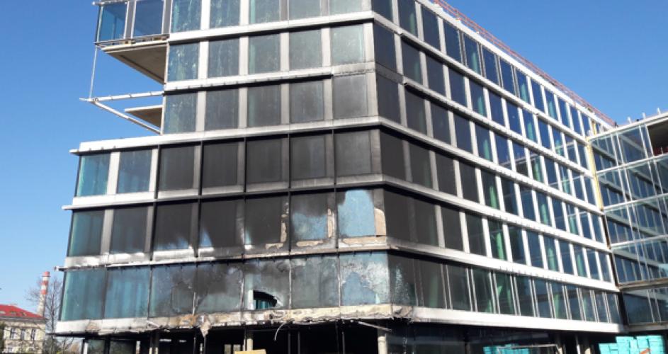 Požáry obchodních budov