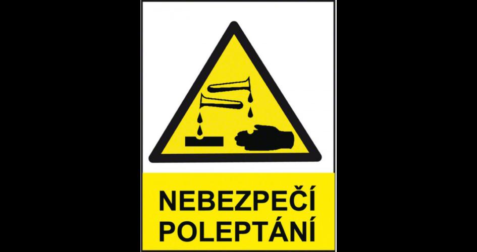 Poleptání koncentrovanou 98% kyselinou dusičnou
